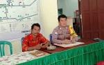 Bhabinkamtibmas Polsek Kurun Lakukan Pengawasan Penggunaan DD dan ADD Tanjung Riu