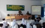 Personel Kodim Berikan Materi Wawasan Kebangsaan di MPLS SMKN 2 Kuala Kapuas