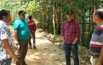 Bupati Barito Utara Cek Pekerjaan Jalan Lahei - Luwe