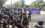 Ratusan Kelompok Masyarakat Kotawaringin Timur Demo Apresiasi Kepemimpinan Supian Hadi