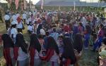 Ratusan Masyarakat Sukamara Menari Manasai Bersama