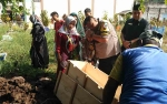 Jasad Pelaku Pembunuhan di Desa Penyahuan Dimakamkan di Sampit
