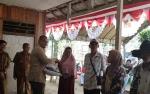 3.279 Kepala Keluarga di Barito Timur Terima Beras Sejahtera