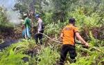 Tim Terpadu Kapuas Berjibaku Padamkan Kebakaran Lahan di Desa Sei Gawing