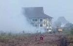 Kebakaran Lahan Merambat ke Kompleks Perkantoran Kota Palangka Raya