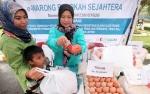3.279 Masyarakat Barito Timur Menerima Bantuan Pangan Non Tunai