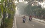 Keluhan Warga Soal Kabut Asap Pekat Melanda Siang dan Malam