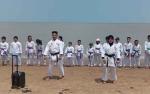 Karateka Forki Binaan Kodim Kuala Kapuas Latihan Bersama di Pantai
