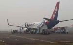 Penumpang Nam Air Kecewa Pesawat Gagal Mendarat di Bandara Iskandar Akibat Kabut Asap