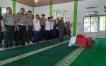 Jenazah Kasat Shabara Polres Sukamara Disalatkan di Masjid An-Nur
