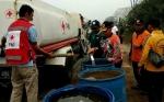 Sekda Kotawaringin Timur Pantau Langsung Distribusi Air Bersih ke Daerah Selatan