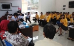 Puluhan Mahasiswa Universitas Palangka Raya Jalani PPL di SMKN 1 Palangka Raya