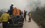 Relawan Milenial Peduli Asap Disebut Pencitraan saat Ikut Padamkan Kebakaran Lahan di Sampit