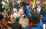 Anggota DPRD Langsung Terima Kedatangan Mahasiswa Gelar Aksi Demo