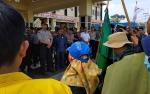 Puluhan Mahasiswa Gelar Aksi Demo ke DPRD Barito Utara