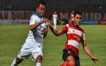 Madura United Bungkam Persib 2-1