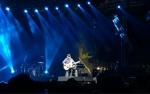 Kejutan Iwan Fals di Panggung Synchronize Festival