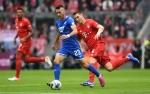 Bayern Muenchen Kalah Pertama di Liga Champions Musim Ini