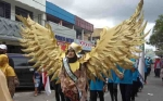 Sekolah Yayasan Abdul Rasyid Tampilkan Kostum Bertema Garuda di Pawai Nasi Adab