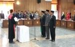 Ketua Pengadilan Negeri Pangkalan Bun Lantik Pimpinan DPRD Kobar