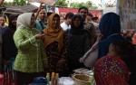Kelurahan Kumai Hulu GelarNight Market Kampung Koedjo demi Gerakkan Perekonomian Masyarakat