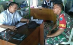 Babinsa 1011-03 Anjir Berkoordinasi dengan Pemerintah Desa Tata Lingkungan Cegah Banjir