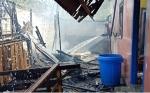 Dapur Warga Jalan Maid Badir Hangus akibat Bakar Sampah