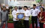 Bupati Katingan Terima Penghargaan WTP dari Gubernur Kalteng