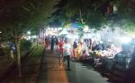 Pengunjung Lampion Night Market di Kelurahan Melayu Membeludak