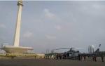 Helikopter di Monas Jadi Tontonan Warga