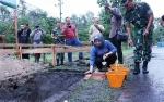 Peletakan Batu Pertama Pembangunan Gapura TNI AU Iskandar Disambut Gerimis