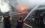 9 Kios di Jalan Christopel Mihing Palangka Raya Terbakar