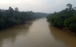 Debit Sungai Kahayan Naik, Warga Tumbang Anjir Ketiban Rezeki
