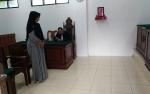 Ibu Rumah Tangga Dipenjara karena Curi Ponsel
