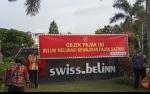 Nunggak Pajak Rp 5 Miliar, Tim Yustisi Kobar Pasang Spanduk Peringatan di Swiss-Belinn Pangkalan Bun