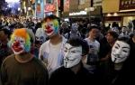 Polisi Bubarkan Pawai Pesta Halloween di Hong Kong