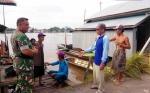 Babinsa Koramil Barimba Aktif Sosialisasikan Pencegahan Karhutla di Desa Sei Asam