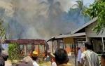 2 Rumah Warga Desa Tamban Jaya Terbakar