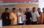 Pasangan Taufiq-Supriadi Mendaftar Bakal Calon Bupati Kotim ke Partai Hanura
