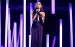Ariana Grande Curhat Kesehatan Lewat Instagram