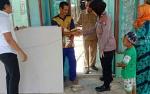 Polsek Kapuas Timur Beri Bantuan untuk Korban Terdampak Angin Puting Beliung