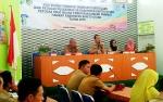 Barito Utara Dapat Penghargaan dari Menteri Kesehatan Atas Kinerja Program Imunisasi 2015-2017