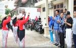 71 Regu Ikuti Gerak Jalan Peringati HUT PGRI dan Hari Guru Nasional