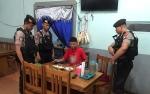 Mabuk dan Tertidur di Warung Makan Fitri Pria Ini Dibangunkan Polisi