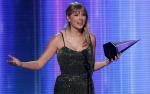 Raih Artist of Decade AMA, Taylor Swift Sampaikan Pidato Menyentuh