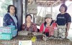 Ini Sosok Pelestari Anyaman Rotan Khas Dayak dari Barito Timur