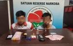 Transaksi Narkoba di Warung, 2 Warga Kelurahan Baru Ditangkap Polisi