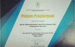 Dinas Dukcapil Raih Penghargaan dari Kemenpan RB