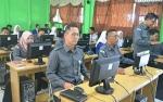 Bawaslu Kapuas Uji Coba Tes Sistem Online untuk Seleksi Panwascam