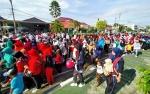 Keluarga Besar Kemenag Kapuas Ikuti Jalan Sehat Meriahkan Hari Amal Bakti ke 74